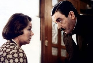 Assassinio sull'Orient Express: Albert Finney e Ingrid Bergman in una scena del film