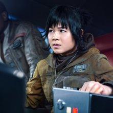 Star Wars: Gli Ultimi Jedi, John Boyega e Kelly Marie Tran in un'immagine del film