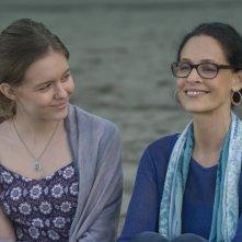 Wonder: Izabela Vidovic e Sonia Braga in una scena del film