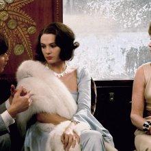 Assassinio sull'Orient Express: Lauren Bacall, Jacqueline Bisset e Michael York in una scena del film