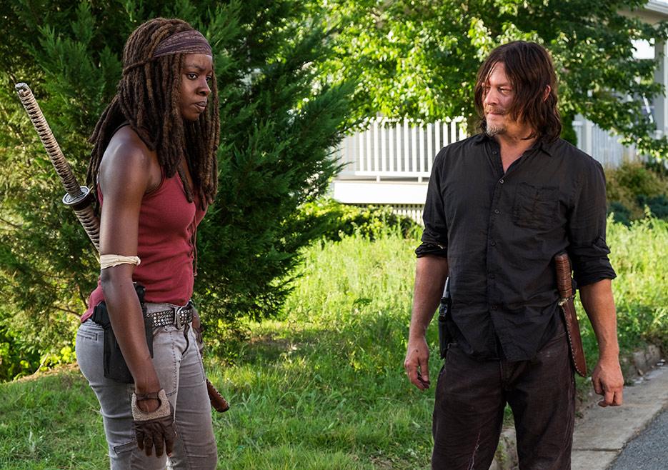 The Walking Dead: Danai Gurira e Norman Reedus in una foto di How It's Gotta Be