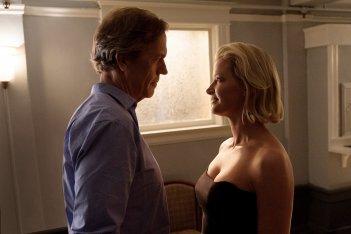 Chance: una foto di Hugh Laurie e Gretchen Mol