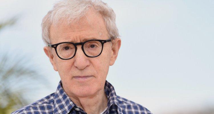 """Woody Allen, sua figlia accusa: """"Hollywood ha protetto Weinstein e anche mio padre"""""""