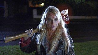 Kimberley Crossman in una scena di Deathgasm
