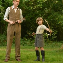 Goodbye Christopher Robin: Domhnall Gleeson e Will Tilston in una foto del film