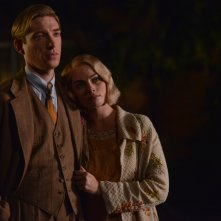 Goodbye Christopher Robin: Domhnall Gleeson e Margot Robbie in una foto del film