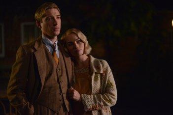 Goodbye Christopher Robin: Domhnall Gleeson e Margot Robbie in una foto del film