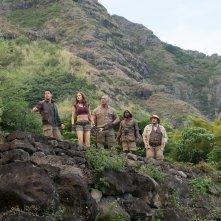 Jumanji - Benvenuti nella giungla: Karen Gillan, Dwayne Johnson, Jack Black e Kevin Hart in un momento del film