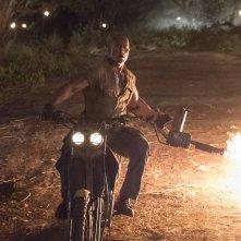 Jumanji - Benvenuti nella giungla: Dwayne Johnson in una scena del film
