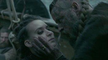 Vikings: Astrid e re Harald in una foto della quinta stagione