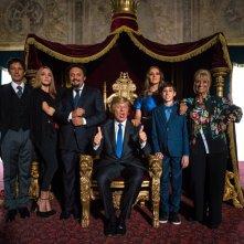 Poveri ma ricchissimi: un'immagine promozionale con alcuni degli attori del cast principale