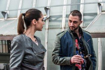Gomorra - La Serie: Cristiana Dell'Anna con Marianna Mercurio in una scena del decimo episodio