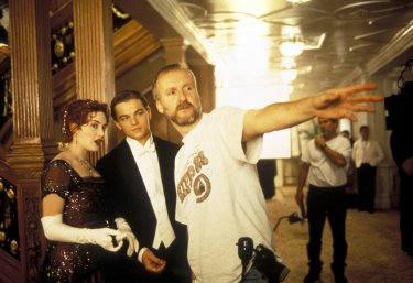 Titanic in 3D: Kate Winslet, Leonardo DiCaprio e James Cameron sul set di Titanic