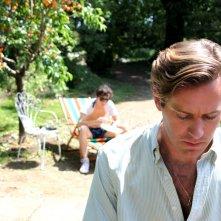 Chiamami col tuo nome: Armie Hammer e Timothée Chalamet in un'immagine tratta dal film