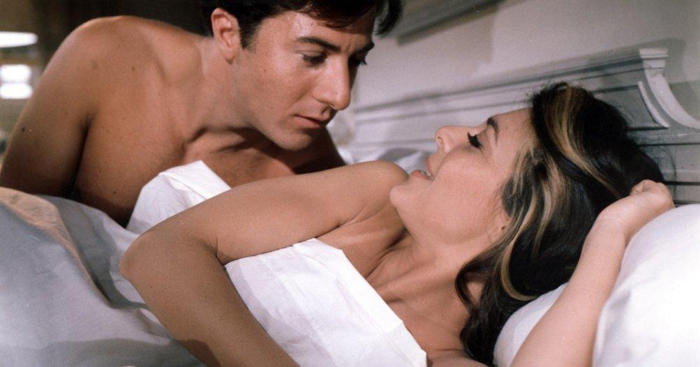 Il laureato: Dustin Hoffman e Anne Bancroft in una scena del film