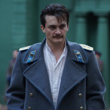 Morto Stalin, se ne fa un altro: Rupert Friend in una scena del film