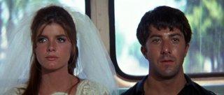 Il laureato: Dustin Hoffman e Katharine Ross in un momento del film
