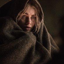 Bright: Lucy Fry in un momento del film