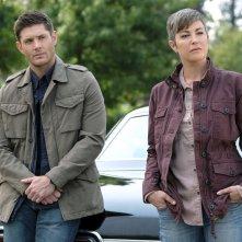 Supernatural: Kim Rhodes e Jensen Ackles nella stagione tredici