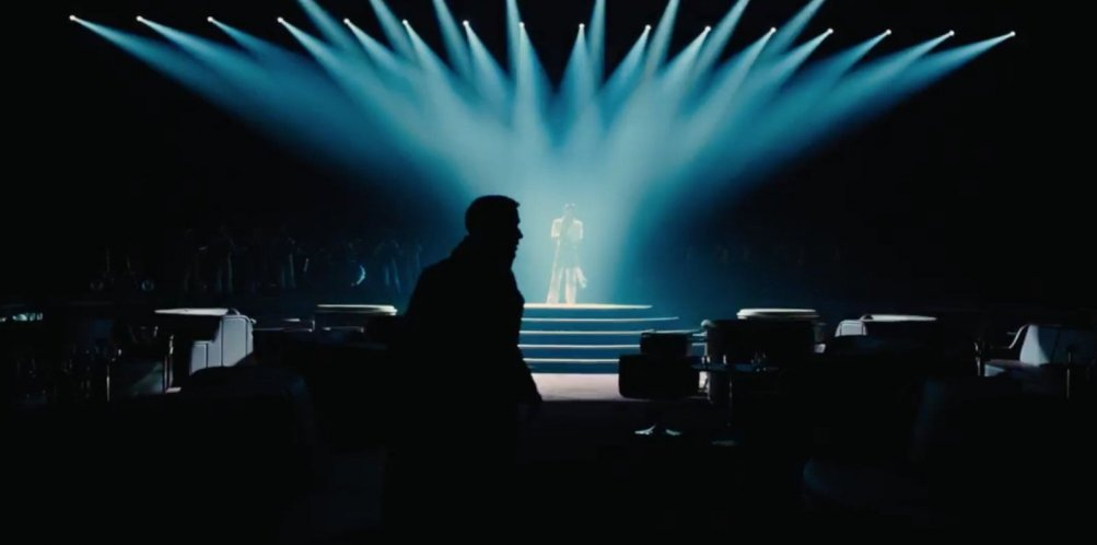Blade Runner 2049: Ryan Gosling in un'immagine tratta dal film di Villeneuve