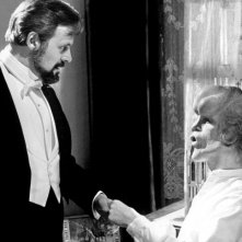 The Elephant Man: Anthony Hopkins in una scena del film