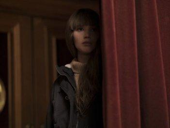 Red Sparrow: Jennifer Lawrence si nasconde in una scena