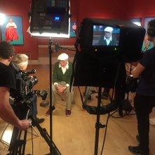 David Hockney dalla Royal Academy of Arts: il regista Phil Grabsky e David Hockney sul set del documentario
