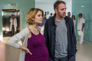 La linea verticale: Greta Scarano e Valerio Mastandrea in una scena