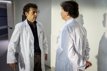 La linea verticale: Ninni Bruschetta e Massimo Wertmuller in una scena