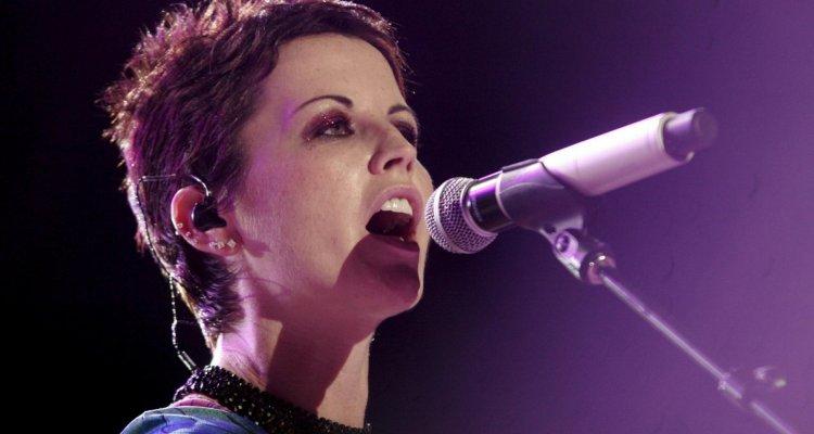 Addio a Dolores O'Riordan, la cantante dei Cranberries