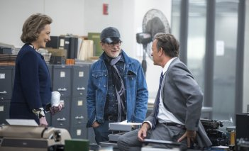 The Post: Tom Hanks, Meryl Streep e Steven Spielberg sul set del film
