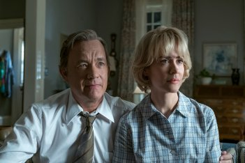The Post: Tom Hanks e Sarah Paulson in una scena del film