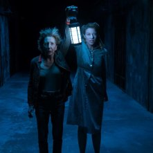 Insidious - L'ultima chiave, Lin Shaye e Spencer Locke in una scena del film