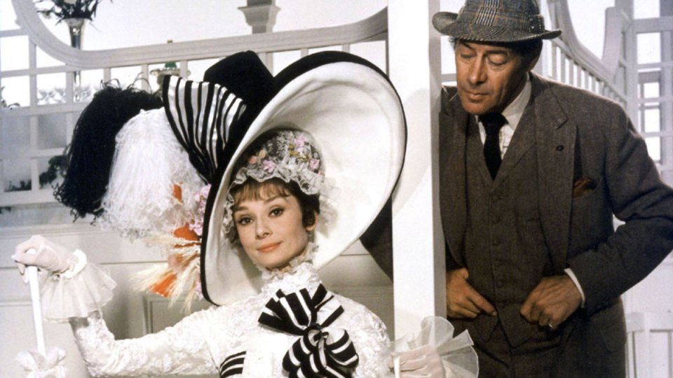 My Fair Lady: Audrey Hepburn e Rex Harrison in una scena del film