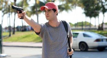 American Crime Story: Darren Criss in una scena della premiere