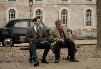 Final Portrait - L'arte di essere amici: Armie Hammer e Geoffrey Rush in una scena del film