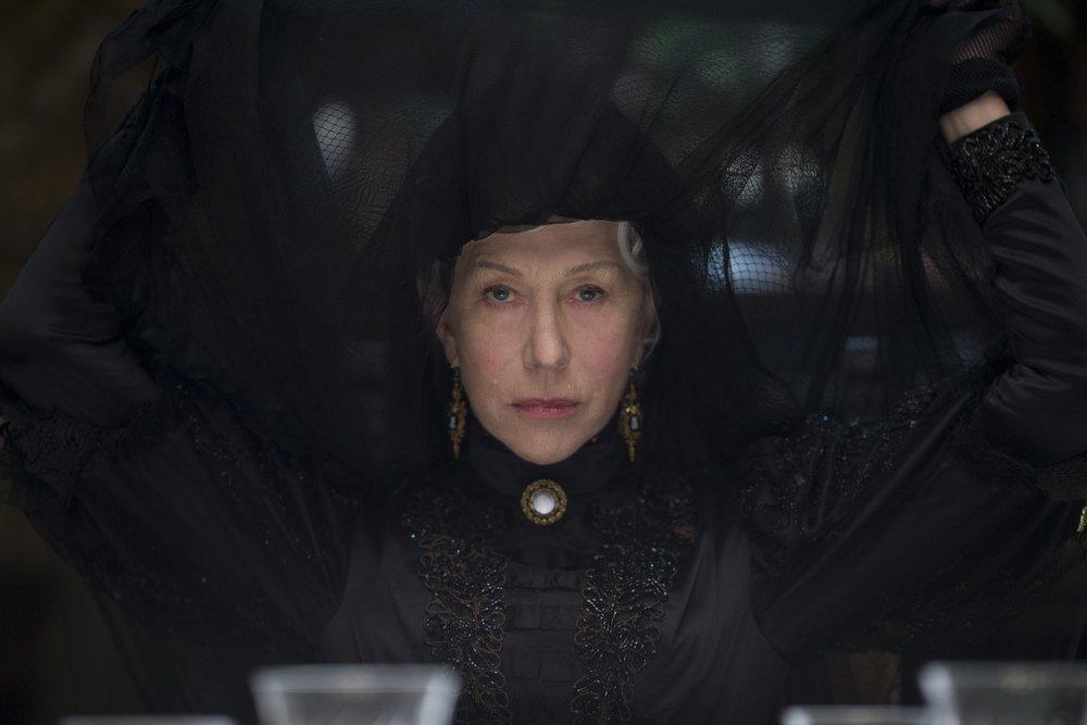 La vedova Winchester: Helen Mirren in un'immagine tratta dal film