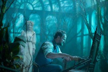La vedova Winchester: Jason Clarke in una scena del film