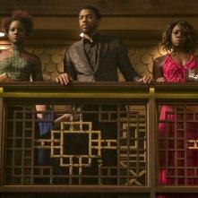 Black Panther: Lupita Nyong'O, Chadwick Boseman e Danai Gurira in una foto del film