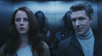 Maze Runner - La rivelazione: Kaya Scodelario e Aidan Gillen in una scena del film