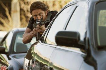 Nella tana dei lupi: Gerard Butler in una scena del film