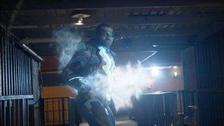 Black Lightning: Cress Williams in una scena d'azione