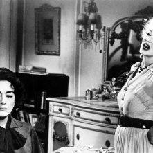 Che fine ha fatto Baby Jane?: Bette Davis e Joan Crawford in una scena del film