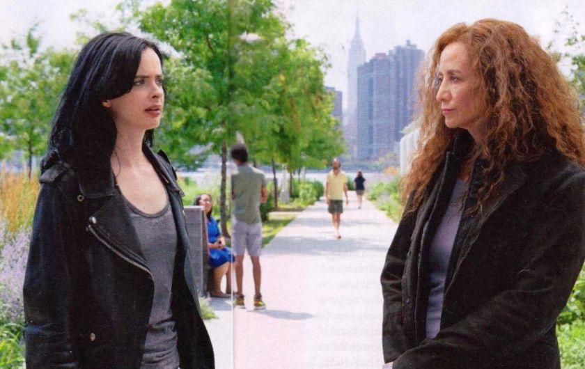 Jessica Jones: Krysten Ritter e Janet McTeer in una foto della stagione 2