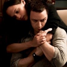 Submergence: Alicia Vikander e James McAvoy in un momento intimo