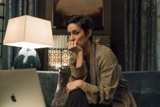 Jessica Jones 2: Carrie-Anne Moss è pensierosa