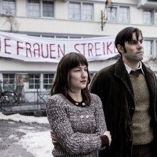Contro l'ordine divino: Marie Leuenberger e Maximilian Simonischek in una scena del film