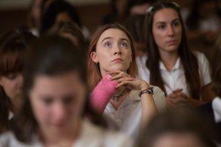 Lady Bird: Saoirse Ronan in una scena del film