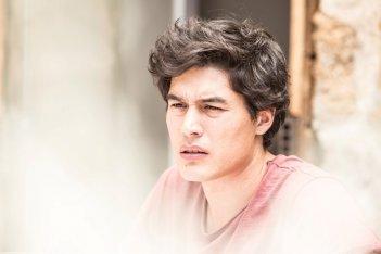 Puoi baciare lo sposo: Cristiano Caccamo in una scena del film