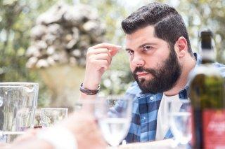 Puoi baciare lo sposo: Salvatore Esposito in una scena del film